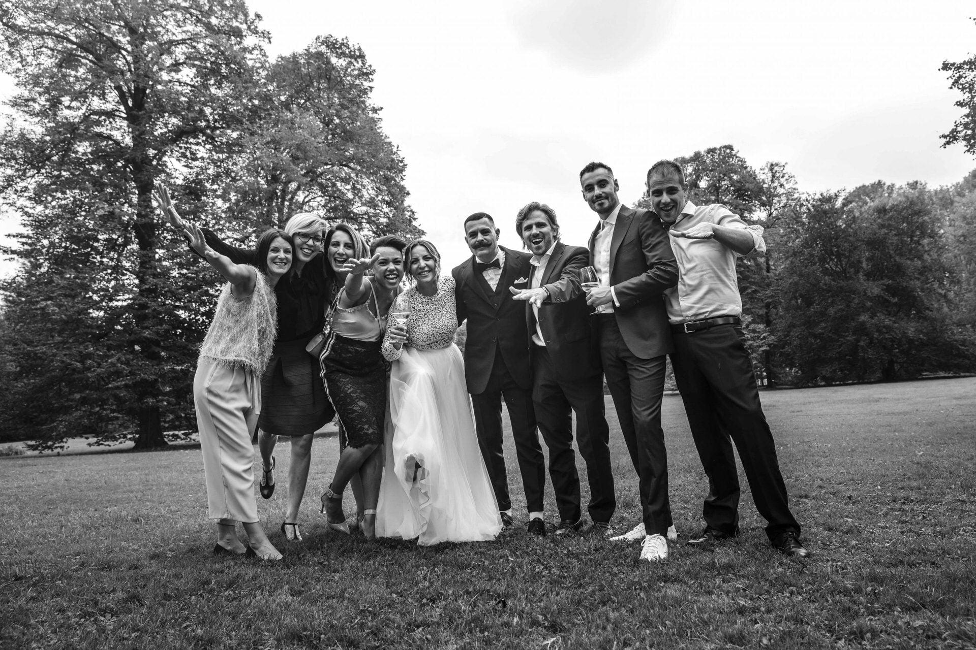 foto di gruppo amici matrimonio villa brandolini vistorta pordenone