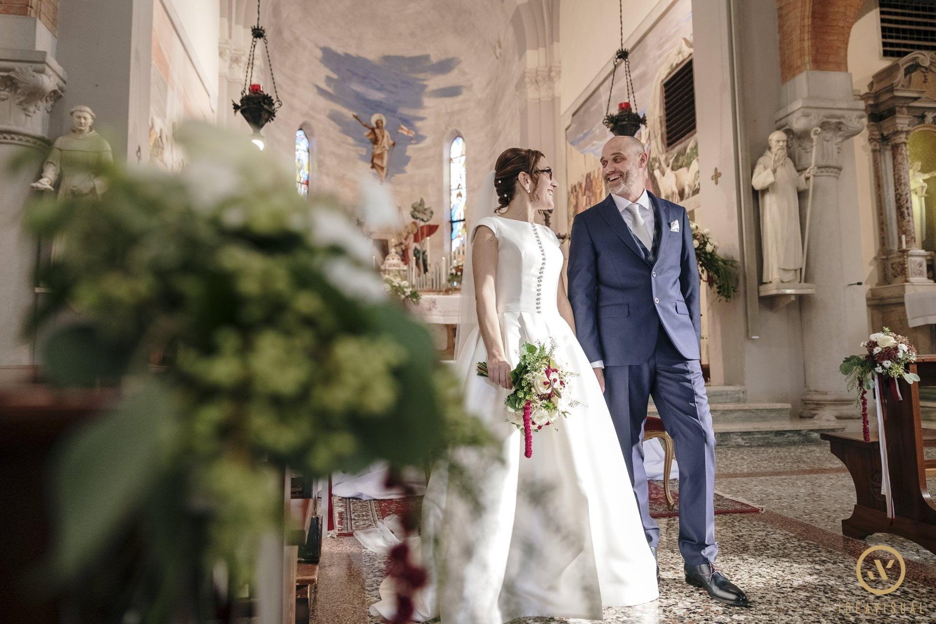 foto chiesa sposi matrimonio tenuta polvaro